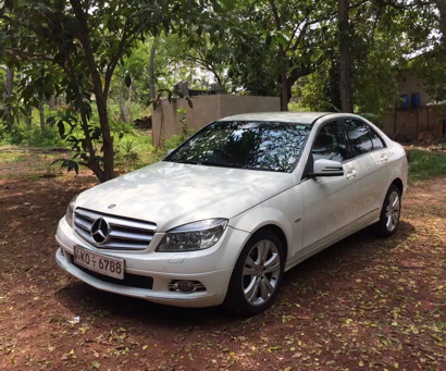 rent car with driver sri lanka - SLRIDE.COM